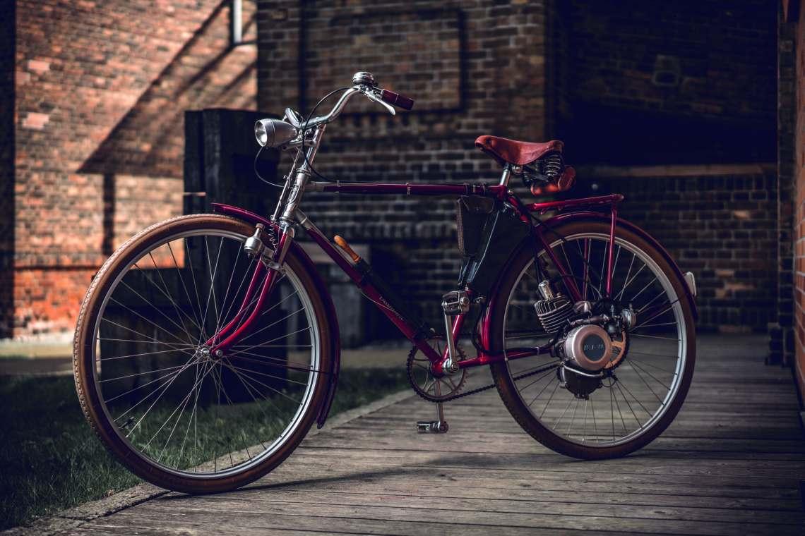 Altes motorisiertes Fahrrad - Diamantrad Blog