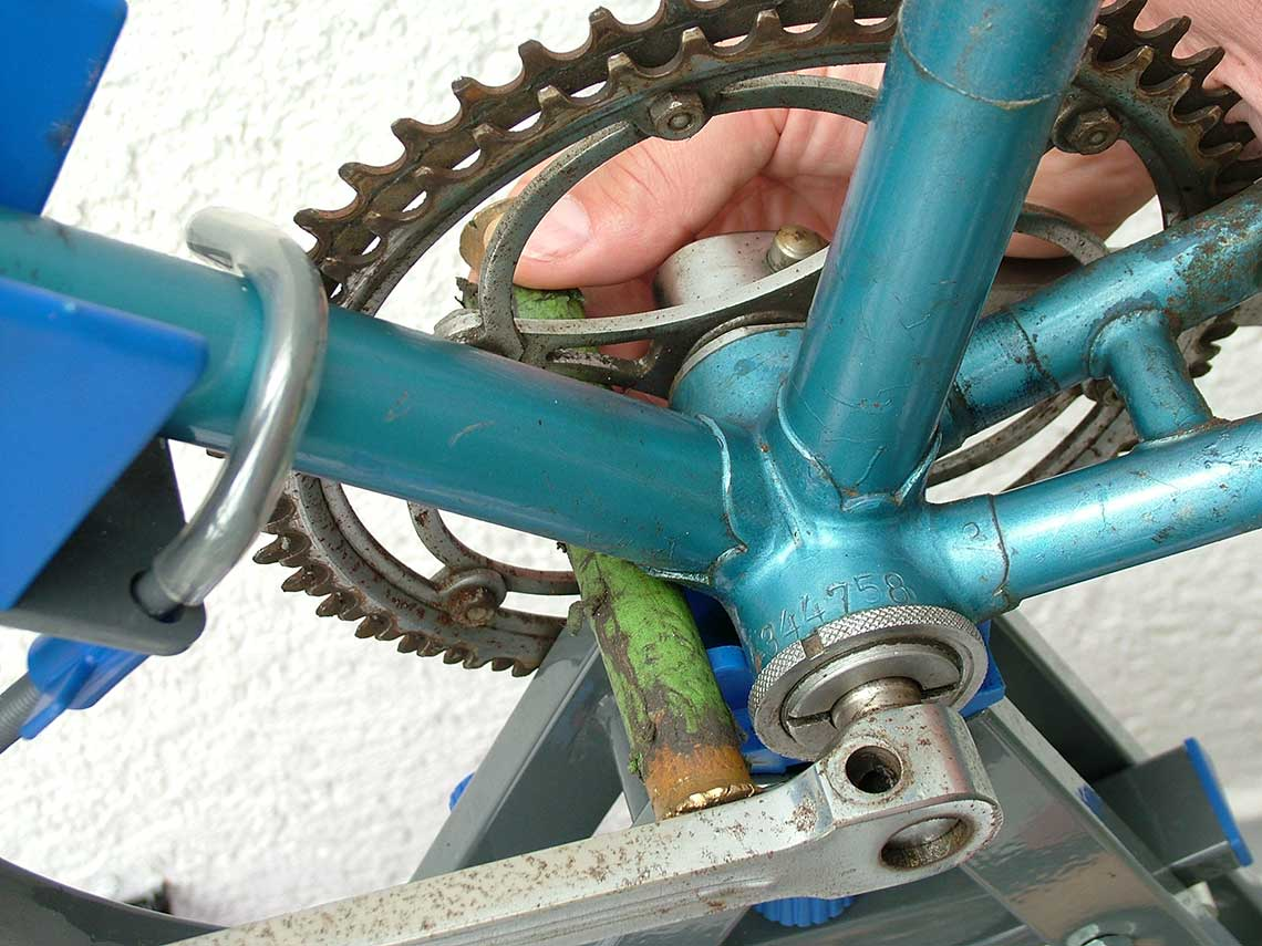 Weicher Dorn zum Abschlagen der Fahrradpedale eines Diamantrades