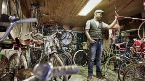 Stefan Müller-Bahlmann in seinem Fahrradmuseum - Diamantrad-Blog