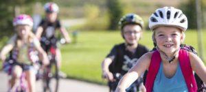 Vier Kinder auf Fahrrädern - Diamantrad-Blog