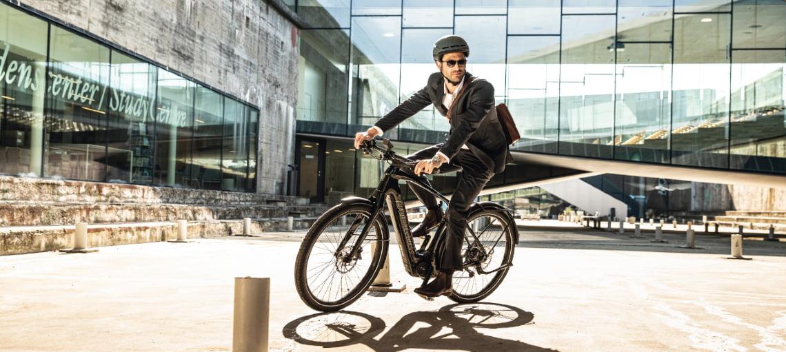Mann auf Zouma Supreme+ - Mit dem Rad zur Arbeit - Diamantrad-Blog